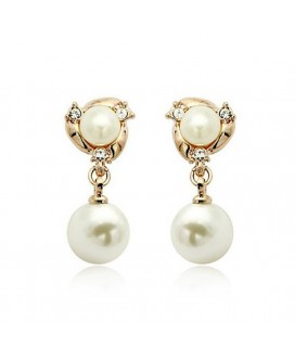 Royal Trinity Pearl Drop Earrings