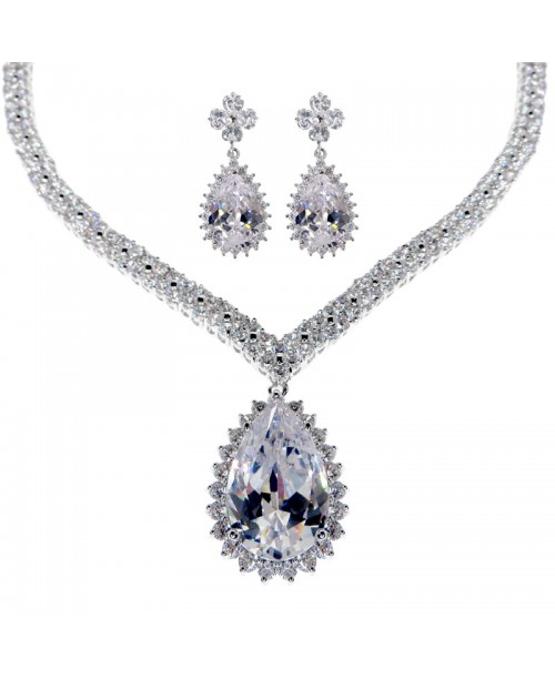 Majestic Venus Tear Necklace & Earrings Set