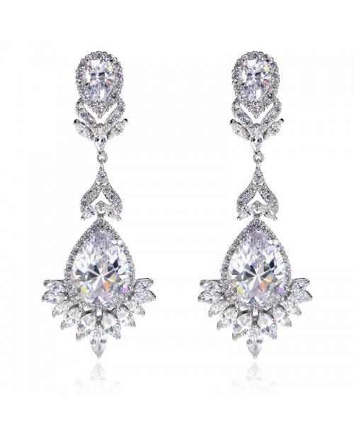 Vintage Jewels Royal Queen Earrings
